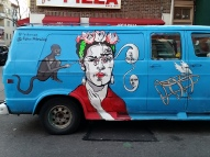 Frida Kahlo selfie queen, on van